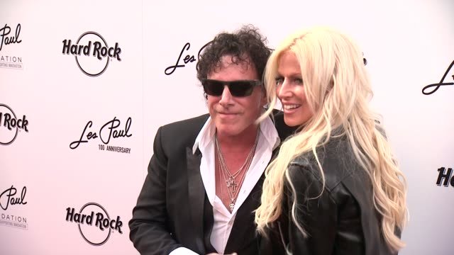 CLEAN Les Paul 100th Anniversary Celebration Arrivals at Hard Rock Cafe New York on June 09 2015 in New York City
