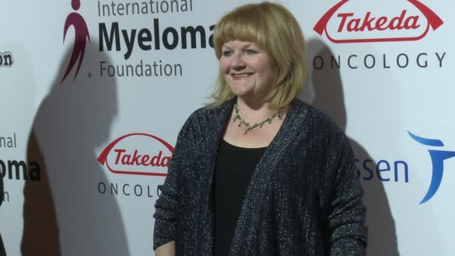 lesley nicol at international myeloma foundation's 10th annual comedy celebration benefiting the peter boyle research fund & supporting the black... - peter boyle stock videos & royalty-free footage
