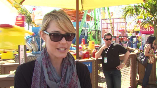 Leslie Bibb on why she wanted to be a part of the afternoon what she appreciates about the Make A Wish Foundation why giving back is important to her...