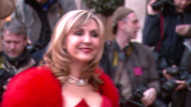 stockvideo's en b-roll-footage met leslie garrett at the the laurence olivier awards at the grosvenor house in london on march 9 2008 - lesley garrett