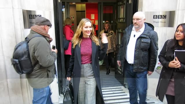 leslie mann at bbc radio 2 at celebrity sightings in london on november 30, 2018 in london, england. - bbc radio stock videos & royalty-free footage