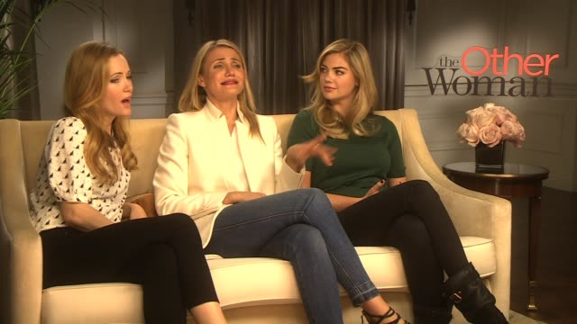 interview leslie mann cameron diaz kate upton on what advice they would give to a friend if they'd been cheated at 'the other woman' interviews on... - cameron diaz stock videos & royalty-free footage