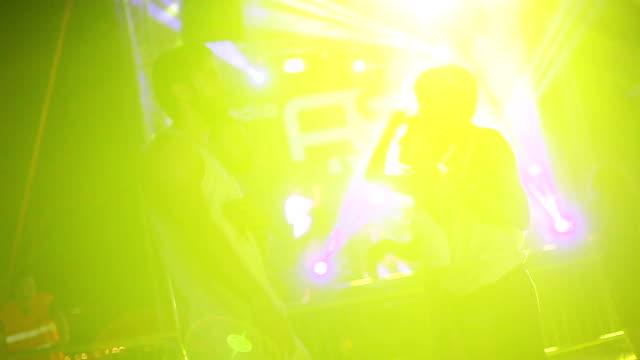 せて、夏の音楽 fetival で始まる - 灯台船点の映像素材/bロール