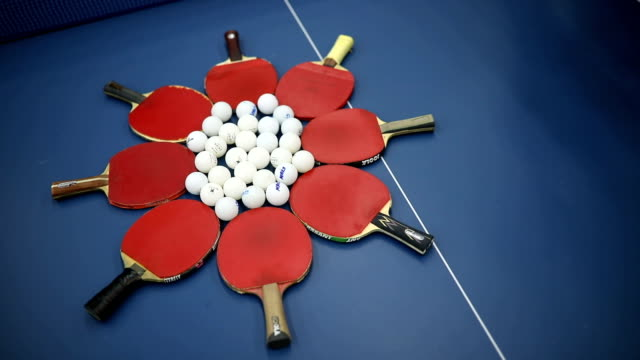 Let's play table tennis