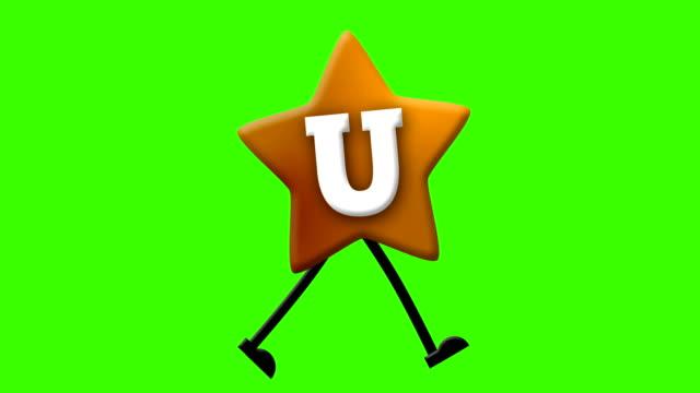 vídeos de stock e filmes b-roll de letter u in latin alphabet and walking character on greenscreen - personas