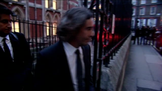 vidéos et rushes de report published victims of media intrusion comedian and actor steve coogan away after giving ecidence to the leveson inquiry ****end - steve coogan