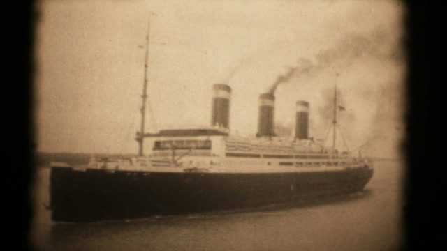 ss leviathan c. 1926. 16mm (hd1080) - passenger craft stock videos & royalty-free footage