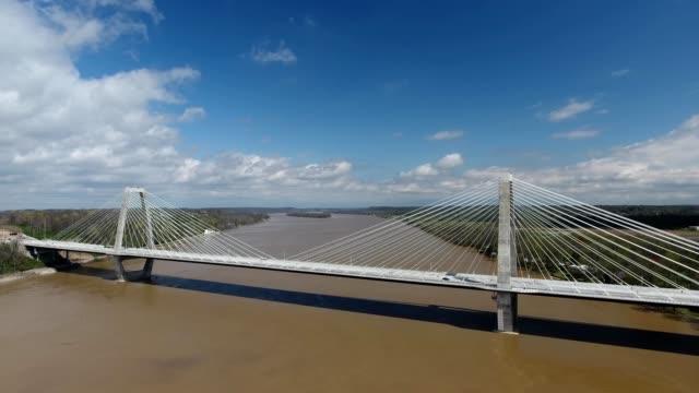 stockvideo's en b-roll-footage met lewis and clark bridge, east end crossing - meriwether lewis