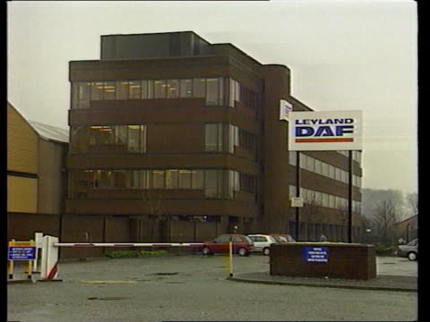 stockvideo's en b-roll-footage met financial problems; for shots of ext daf hq see rushes at foot of file england: lancashire: preston: leyland daf factory gv security barrier &... - chassis