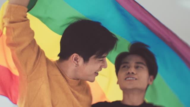vidéos et rushes de mois de la fierté lgbt - gay man