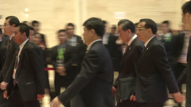 li keqiang premier of the people's republic of china departs the association of southeast asian nations summit the laotian capital vientiane - association of southeast asian nations stock videos & royalty-free footage