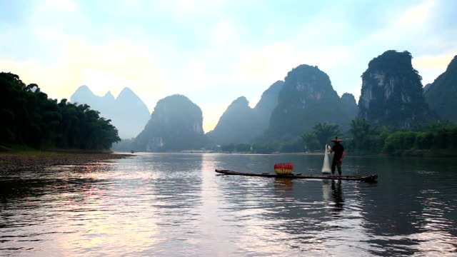 li river Angler Angeln am Fluss li Xingping, Guilin, China