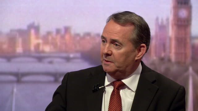 vidéos et rushes de liam fox saying if there was a second eu referendum and remain won, he would demand a third, and that it would be difficult to deny scotland a second... - scrutiny
