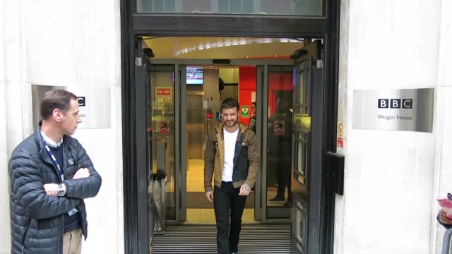 liam payne leaving the chris evans breakfast show at bbc radio 2 at celebrity sightings in london on november 16, 2018 in london, england. - bbc radio stock videos & royalty-free footage