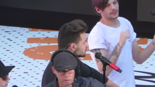 liam payne sound checking at jimmy kimmel live in hollywood on november 19, 2015 in los angeles, california. - 2015 stock videos & royalty-free footage