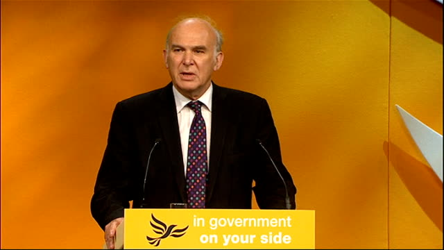 vince cable speech england birmingham photography*** introduction / cable to podium vince cable mp speech to liberal democrat annual conference sot... - speech bubble stock videos & royalty-free footage