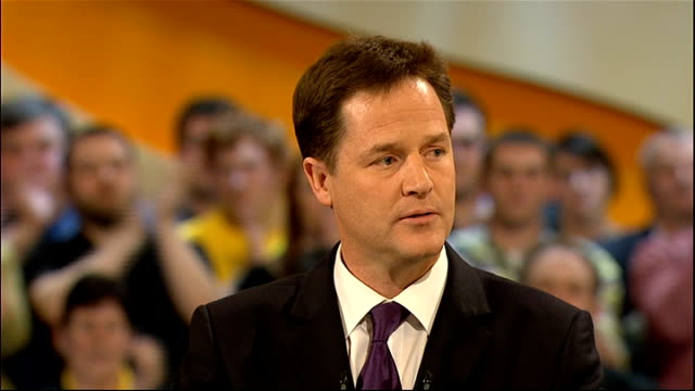 nick clegg speech nick clegg speech continued sot of all the claims ed miliband has made the most risible is that his party is the enemy of vested... - エド ミリバンド点の映像素材/bロール