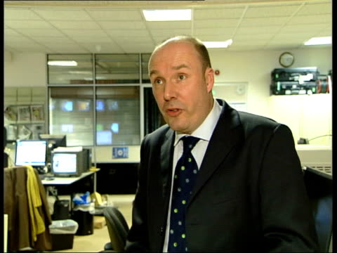 mark oaten resignation file / recent westminster int mark oaten mp interview sot most people would like to see prostitutes off the streets not in... - sir menzies campbell bildbanksvideor och videomaterial från bakom kulisserna