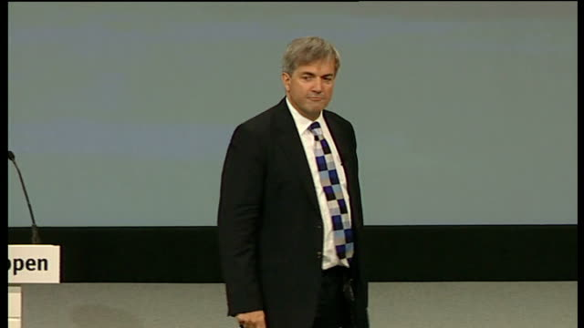 liberal democrats conference: chris huhne speech; i've got news for david cameron. you don't make society fairer by hoping for it, or by talking... - クリス ヒューン点の映像素材/bロール