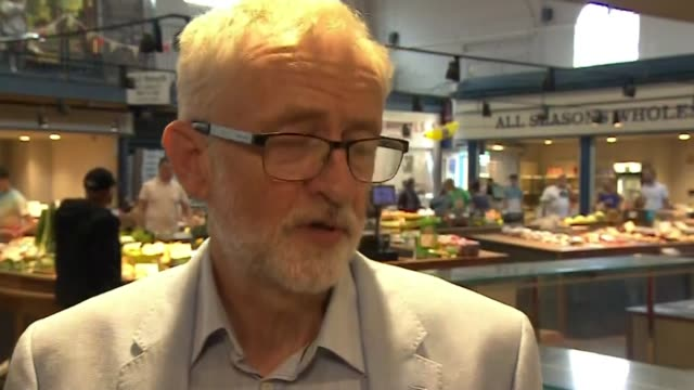 liberal democrats overturn conservative majority to win brecon and radnorshire byelection england north yorkshire scarborough int jeremy corbyn mp... - scarborough nord yorkshire stock-videos und b-roll-filmmaterial