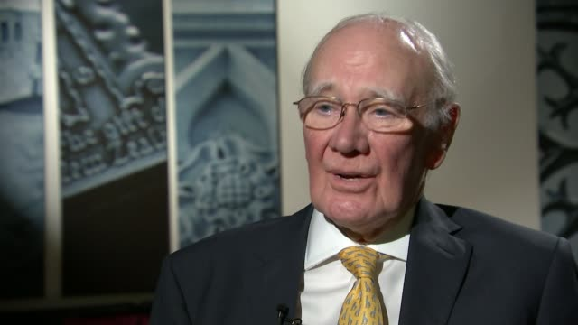 sir vince cable elected new leader int sir menzies campbell interview sot vince cable has experience and judgement vince cable talking during... - sir menzies campbell bildbanksvideor och videomaterial från bakom kulisserna