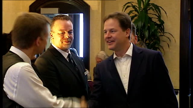 vídeos y material grabado en eventos de stock de clegg admits party let women down england sussex brighton ext liberal democrats leader and deputy prime minister nick clegg mp from car on arrival to... - prime minister's questions