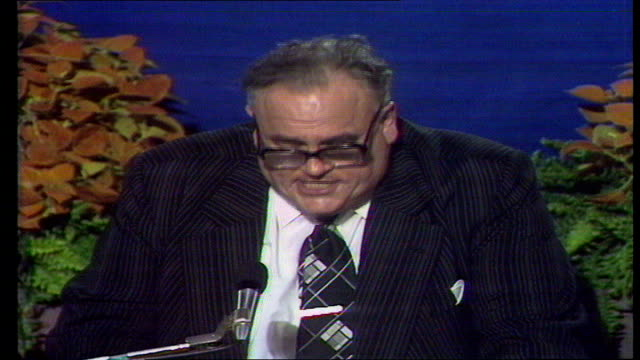 liberal party conference cyril smith speech england southport may i just for one minute by the british press ms top table claps ms delegates clap cs... - southport england stock-videos und b-roll-filmmaterial