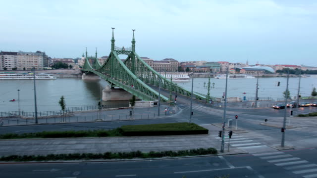 liberty bridge - liberty bridge budapest stock videos & royalty-free footage