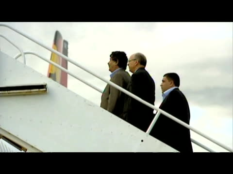 stockvideo's en b-roll-footage met libyan government officials wait to board aircraft following release of convicted lockerbie bomber abdelbaset ali almegrahi glasgow airport 20 august... - dumfries en galloway