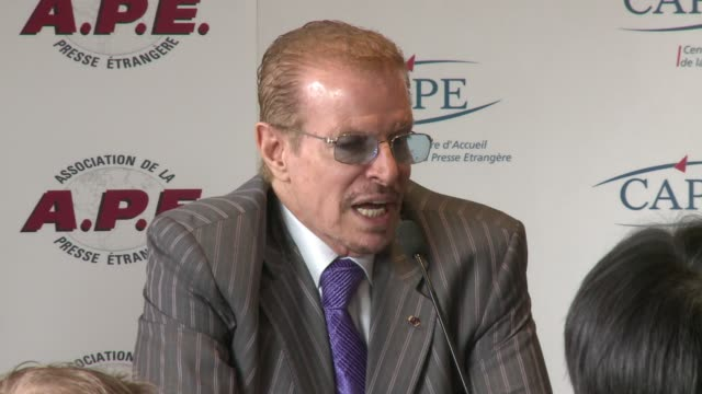 libyan strongman moamer kadhafi will 'fight until the end', his former protocol chief nouri el-mismari told afp wednesday. paris, paris, france. - früherer stock-videos und b-roll-filmmaterial