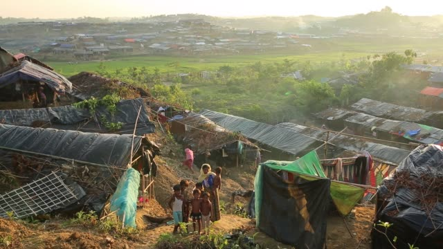 life inside new rohingya at balukhali makeshift camp in cox's bazar, bangladesh on october 11, 2017. bangladesh said it would be one of the world's... - hungry stock videos & royalty-free footage