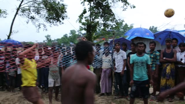 life inside new rohingya refugee camp at the palongngkhali makeshift camp in teknaff bangladesh on october 06 2017 bangladesh said it would be one of... - rohingya culture stock videos and b-roll footage