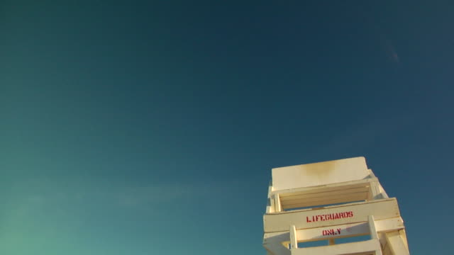 cu, la, lifeguard chair against clear sky, provincetown, massachusetts, usa - cabina del guardaspiaggia video stock e b–roll