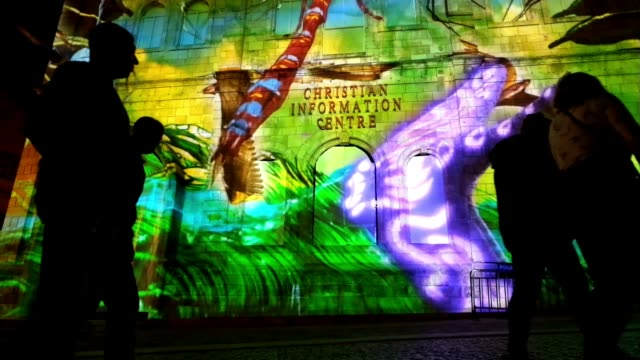 light art installations in the old city during the jerusalem festival of lights in israel on 25 may 2016. the festival is held annually around... - eddie gerald stock videos & royalty-free footage