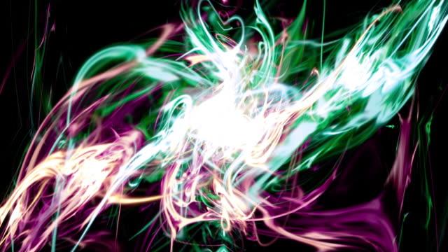 vídeos de stock, filmes e b-roll de light flux 1028: fractal light strands ripple and shine - plasma matéria