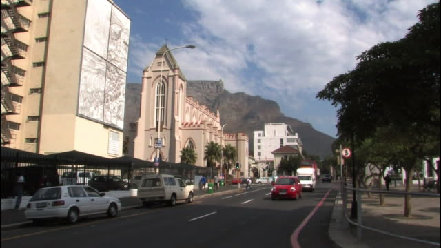 light traffic streams through cape town, south africa. - cape town stock videos & royalty-free footage