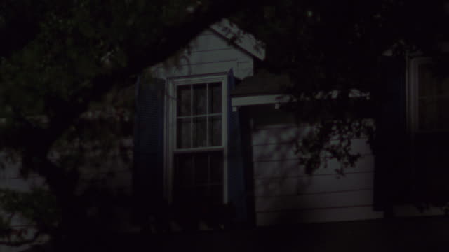 a light turning on and off in a house. - light video stock e b–roll