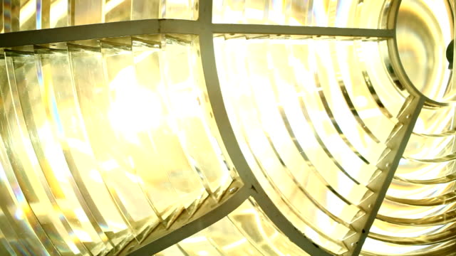 vidéos et rushes de cu lightbulb in the lighthouse/ cape town/ south africa - phare
