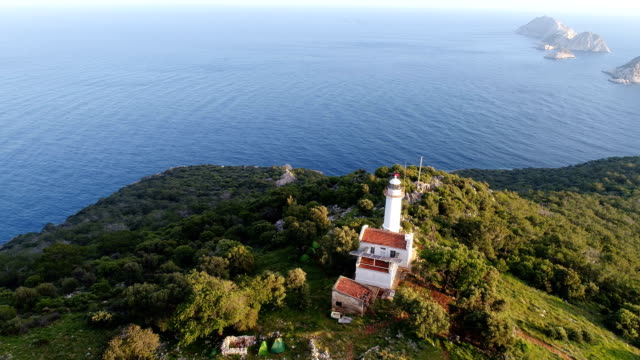 lighthouse and headland at sunset - drone shots of gelidonya lighthouse / andrasan / antalya - 1936 stock videos & royalty-free footage