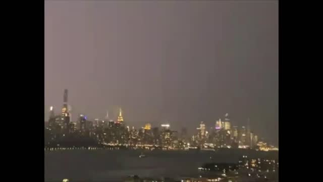 lightning danced dramatically over the manhattan skyline as new york city was https://twitter.com/nwsnewyorkny/status/1425303403714924546 hit by a... - https stock videos & royalty-free footage
