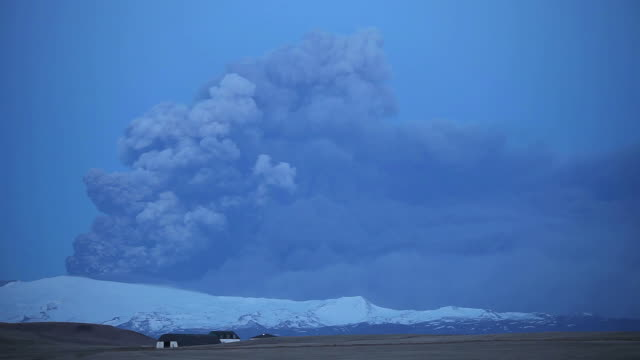 Lightning in the ash cloud caused by the eruption of the Eyjafjallajokull volcano, in Iceland in April 2010. This eruption sent a huge plume of ash over much of northern Europe, grounding all commercial flights for days