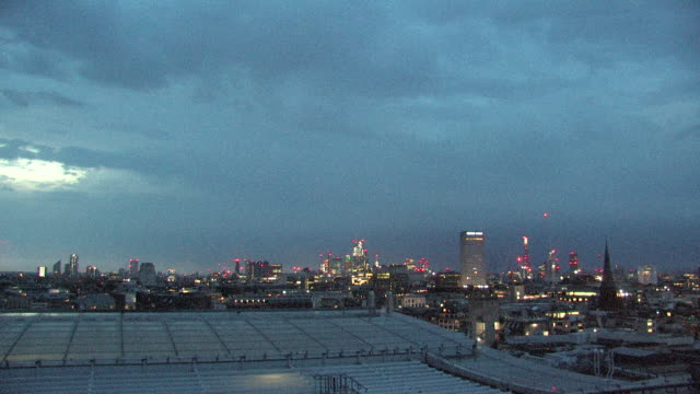 lightning over london skyline - heatwave stock videos & royalty-free footage
