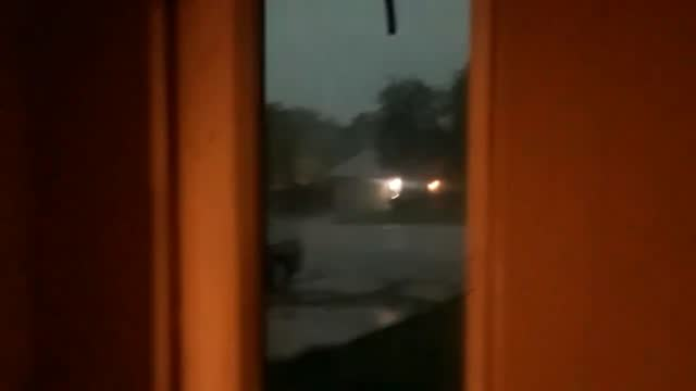 lightning struck a house in san antonio, texas, as an early morning thunderstorm hit the area on august 7. the national weather service issued a... - https stock-videos und b-roll-filmmaterial