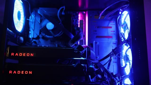 vídeos de stock, filmes e b-roll de lights illuminate a power cable inside a 'mining rig' computer used to mine cryptocurrency in budapest hungary on wednesday jan 31 advanced micro... - cultura do leste europeu