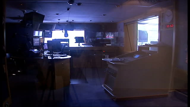 lights out london campaign studio lights being dimmed down to 'off' position empty darkened radio studio sony hifi system being switched off - audio electronics stock videos & royalty-free footage