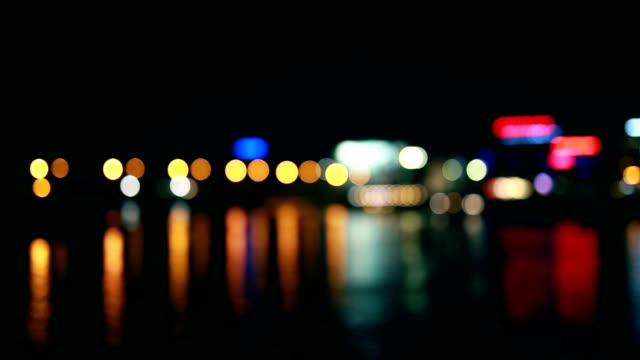 vídeos de stock e filmes b-roll de lights reflection, river, night - reflection