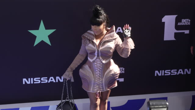 lil' kim at the 2019 bet awards at microsoft theater on june 23 2019 in los angeles california - black entertainment television stock videos & royalty-free footage