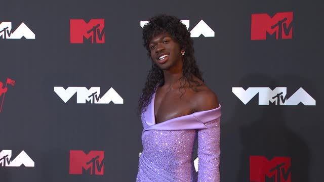 lil nas xarrives at the 2021 mtv video music awards at barclays center on september 12, 2021 in the brooklyn borough of new york city. - mtv video music awards stock videos & royalty-free footage