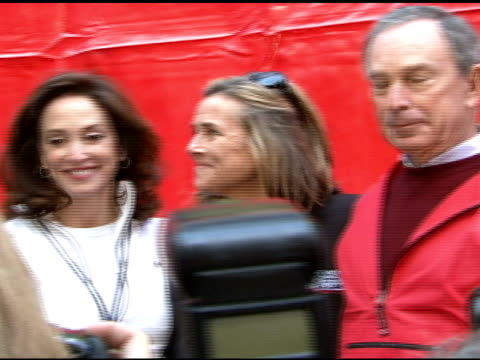 lilly tartikoff, , mayor bloomberg, and lisa paulsen at the 10th annual new york revlon run/walk for women at times square in new york, new york on... - revlon stock videos & royalty-free footage