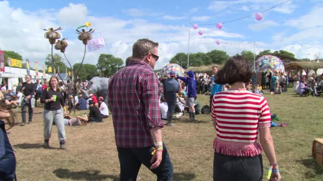 stockvideo's en b-roll-footage met lily allen jo whiley joey barton clara paget and more at glastonbury sightings on 27th june 2014 at glastonbury somerset england - jo whiley